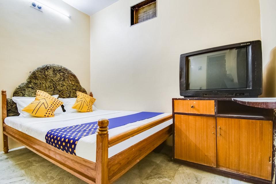 SPOT ON 69451 Shivam Guest House