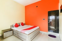 OYO 69537 Vatika Hotel