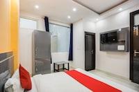 OYO 69541 Geet Residency