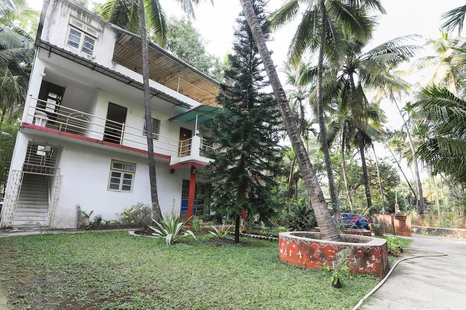 OYO 69563 Shree Sateri Cottage