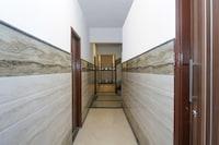 OYO 69569 Mayank Residency