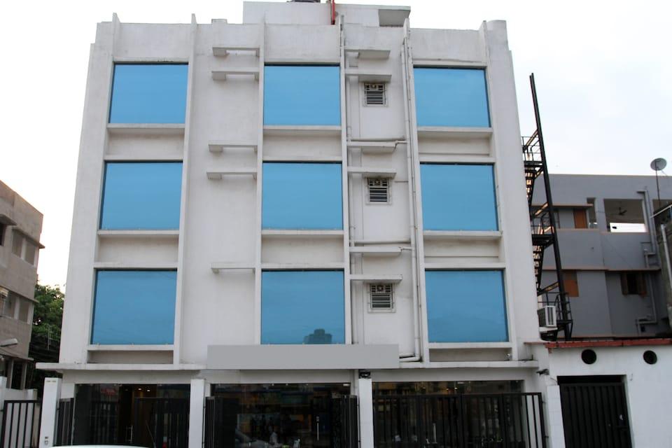 OYO 886 Hotel Sheldon International