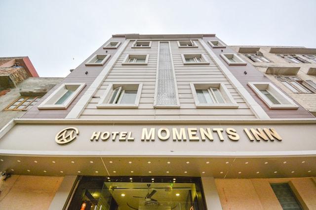 Capital O 69624 Hotel Moments Inn