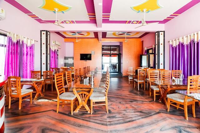 OYO 69650 Shivam Hotel & Restaurant NON