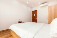 SPOT ON 876 Trang An Happy Hotel