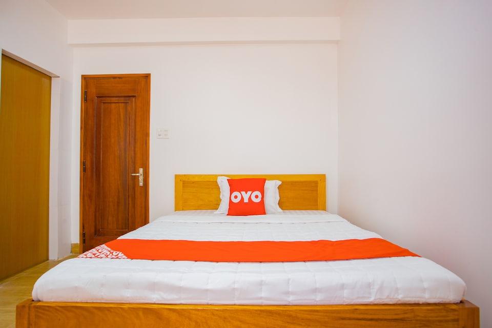 OYO 882 Lucky Hotel