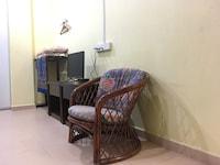 SPOT ON 89857 Azra Inn (rumah Tumpangan)