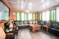 OYO 69744 Green Valley Resort Deluxe