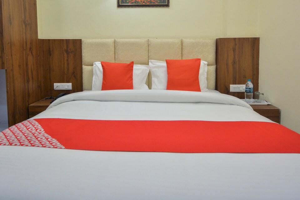 OYO 69762 Hotel 50-50