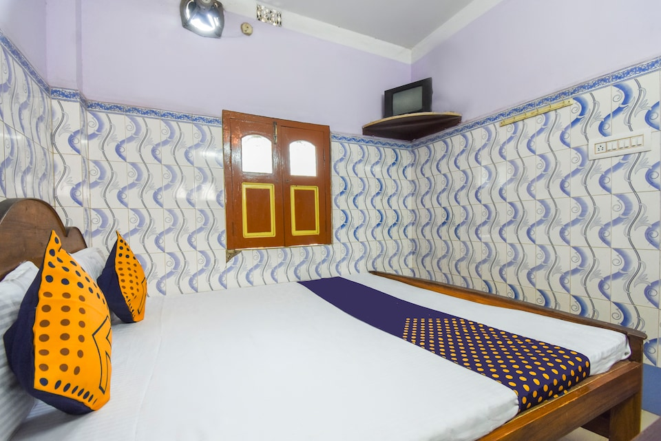SPOT ON 69767 Hotel Nityanand