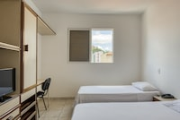 OYO Jb Palace Hotel