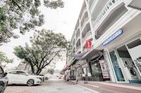OYO 615 Bossa House Hostel & Cafe