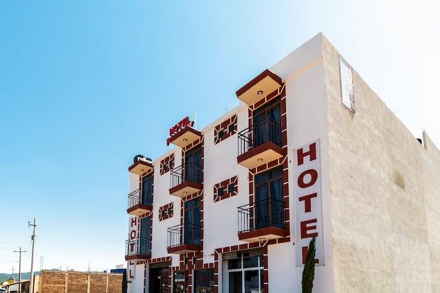 OYO Hotel Poy Poy