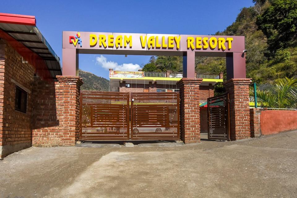 Capital O 69855 Dream Valley Resort
