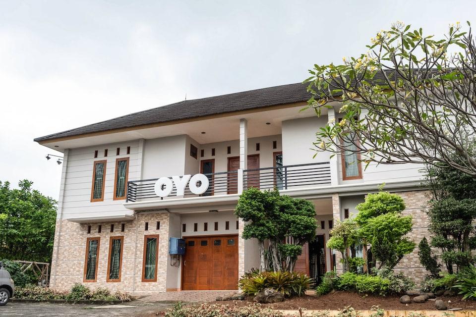 OYO 2912 Graha Minda Syariah, Rajabasa, Bandar Lampung