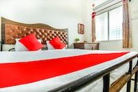 OYO 69874 Hotel Sanskruti