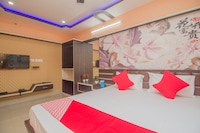 OYO 69895 Kalpana Residency Inn
