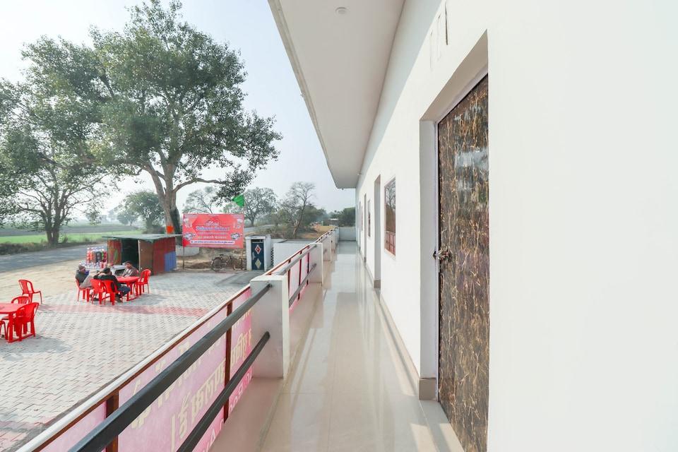 OYO 69931 Hotel Suhani Palace