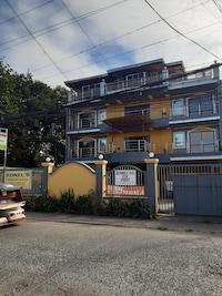 OYO 553 Ednel's Pension House