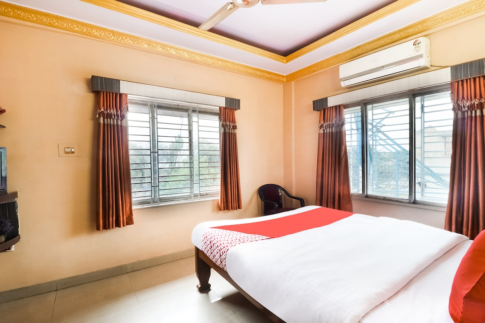 OYO 69949 Leo Star Guest House
