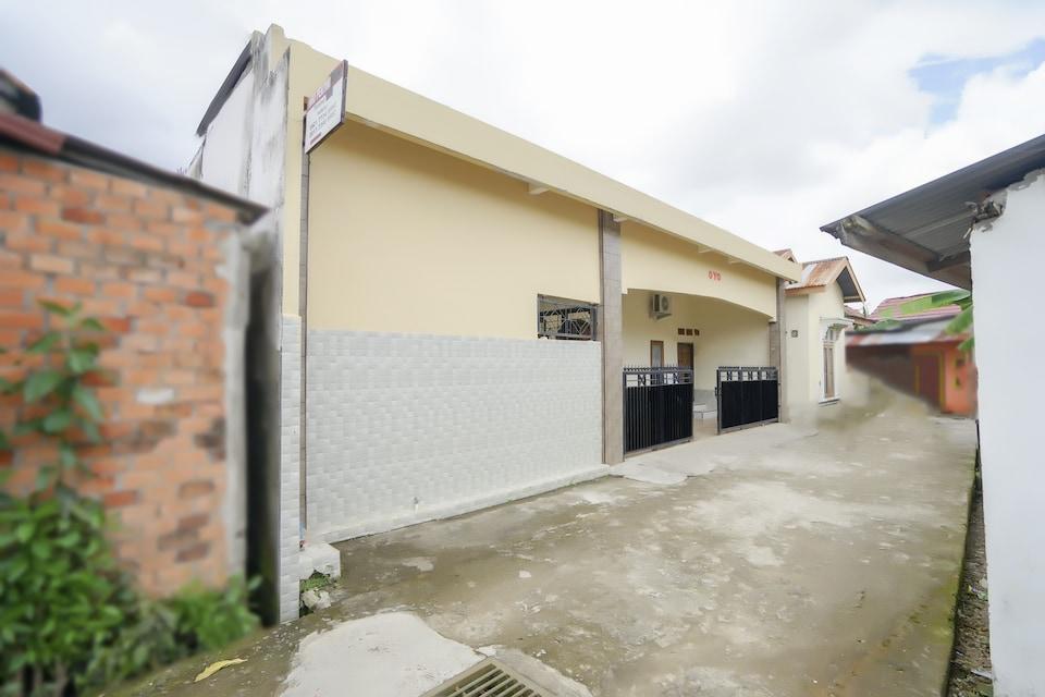 OYO 2933 Wisma Hiro Pertiwi, Palembang Kota, Palembang