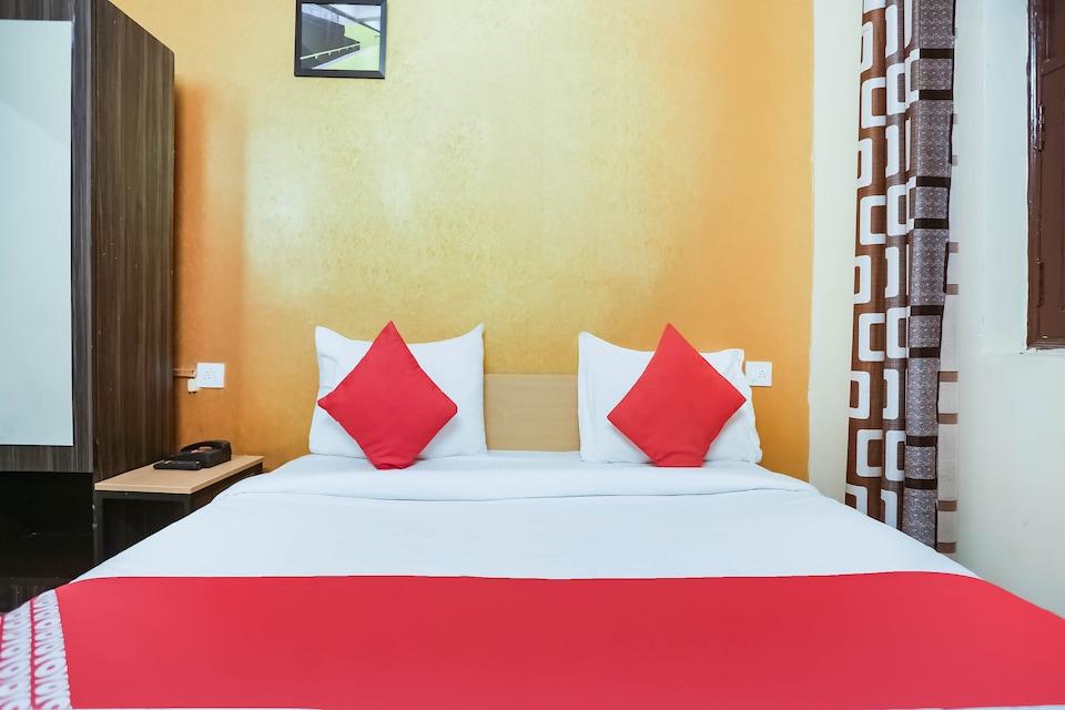 OYO 69999 Singh Guest House