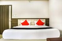 OYO 70026 Hotel Jai Radisson Deluxe