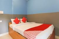 OYO 70033 Arv Hotels