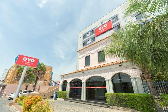 OYO Real Palace Hotel