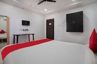 OYO 70071 Sri Raghavendra Lodge Deluxe