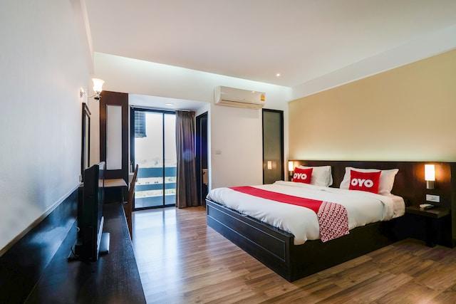 OYO 642 Nice Bird Suite