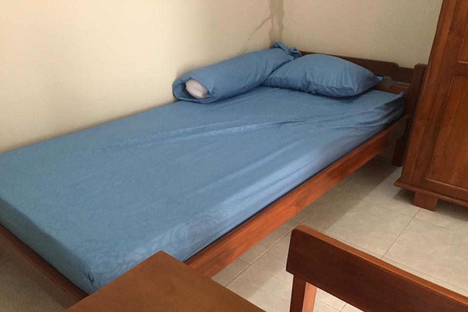 OYO Life 2948 Kirana Residence