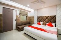 OYO 70123 Sada Shiv Guest House