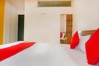 OYO 70135 Hotel Peshwai Lodge