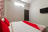 OYO 70166 Rajveer Hotel