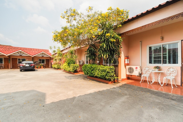 OYO 654 Samanmit Inn Hotel