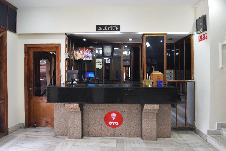 OYO 5794 Atul Regency -1