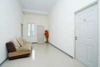 OYO 2968 Cahaya Residence Surabaya