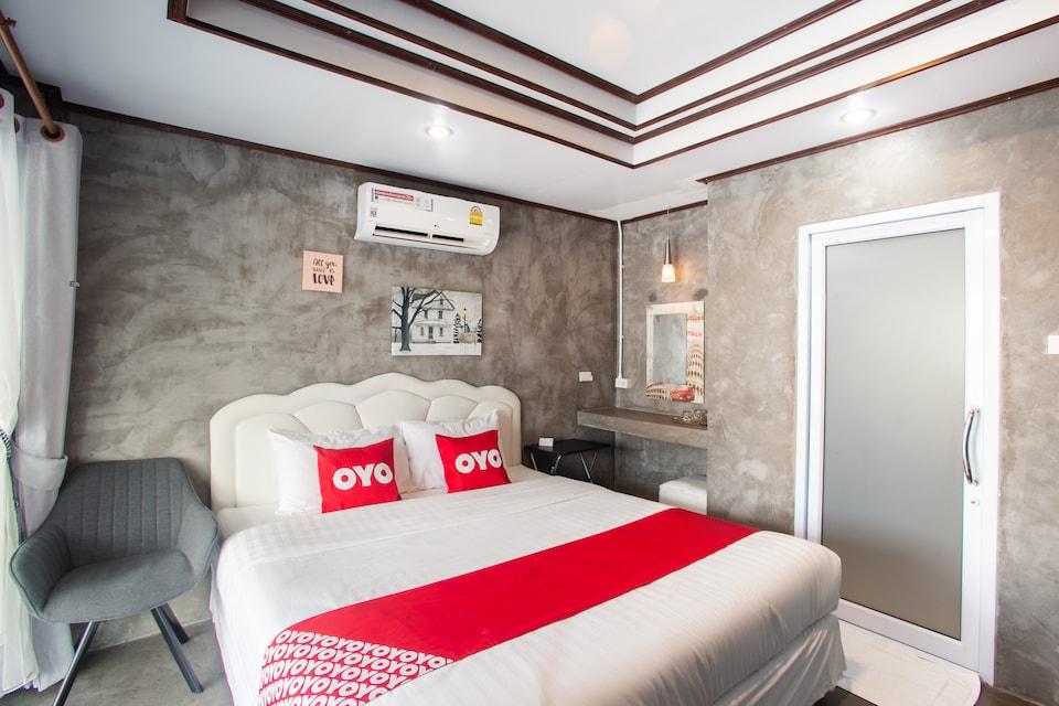 OYO 659 Loft House Homestay