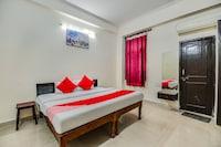 OYO 70267 Ambika Guest House