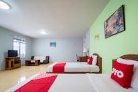 OYO 663 Green Beach Room