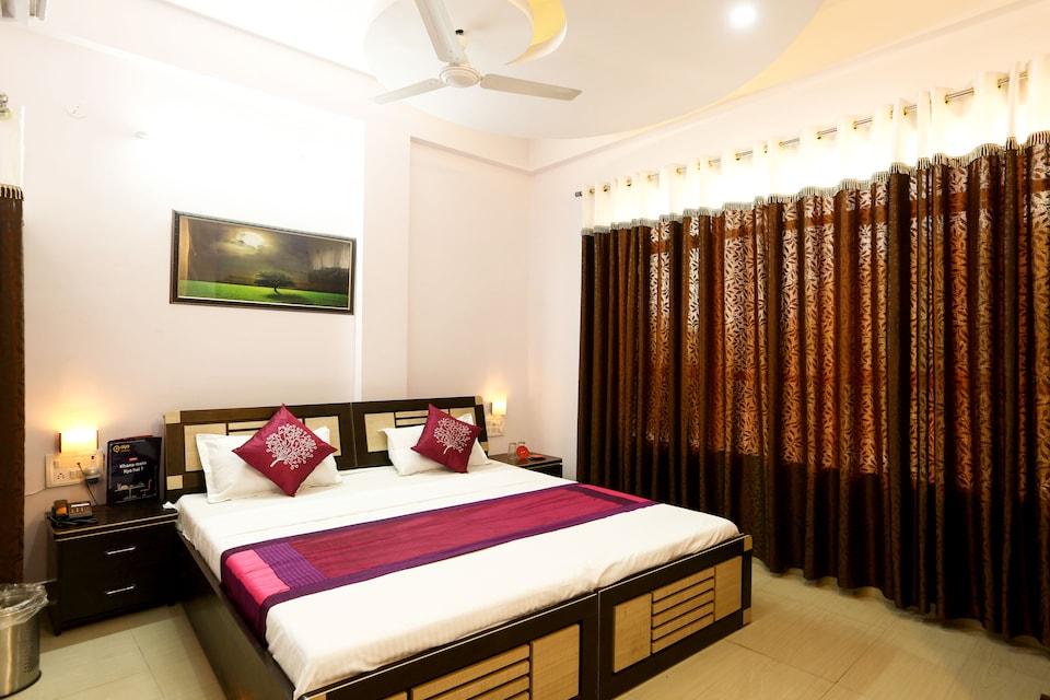 OYO 5799 Hotel Plaza Inn, Hamidia Road Bhopal, Bhopal