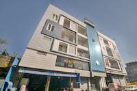 Capital O 70296 Hotel Sarovar Plaza