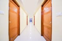 OYO 70316 Hotel Jay Vee Continental