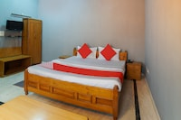 OYO 70330 Kingfisher Guest House