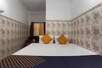 SPOT ON 70335 Hotel Anandolok  SPOT