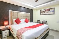 OYO 70381 Hotel Maa Mundeshwari
