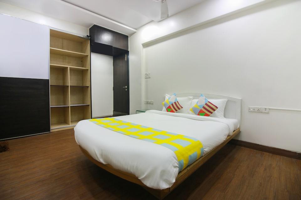 OYO Home 70425 Exotic Studio Thane