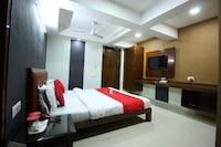 OYO 893 Hotel Seven