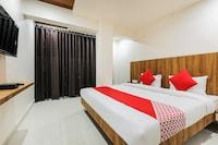 OYO 70473 Hotel Sunshine Regency